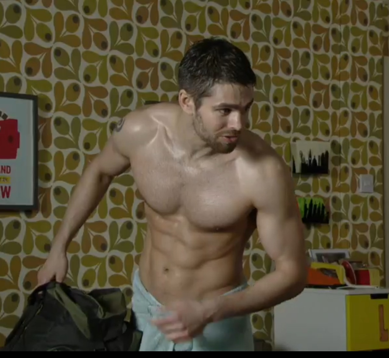 Splat! Meet EastEnders' new hunk Jack Derges (including hot gallery!): www.guyslikeu.com/boys/meet-eastenders-new-hunk-jack-derges